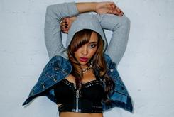 "Tinashe Reveals ""Aquarius"" Artwork & Tracklist [Update: New Artwork And Future Feature Revealed]"