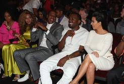 Here's A Juicy Report (& Rumor) About Beyonce & Jay Z Cutting Ties With Kanye & Kim