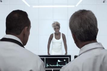 "Mary J. Blige ""Suitcase"" Video"