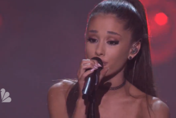 "Ariana Grande Performs ""One Last Time"" On Jimmy Fallon"