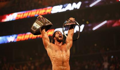 WWE Star Seth Rollins Reinjures Surgically Repaired Knee