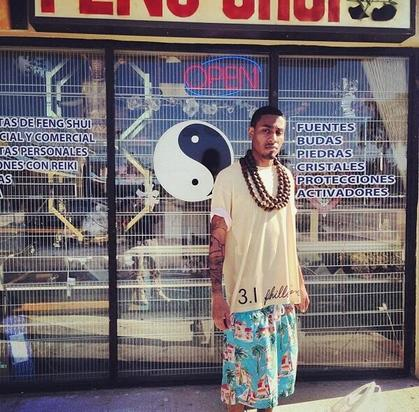 Sir Michael Rocks rocking large wooden beads