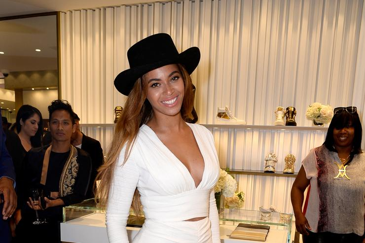 Beyonce at store opening