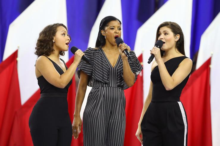 Phillipa Soo, Rene Elise Goldsberry and Jasmine Cephas Jones perform at the NFL Superbowl LI.